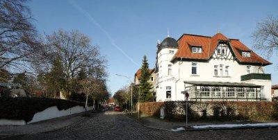 Friedrich-Ebert-Straße 1-4